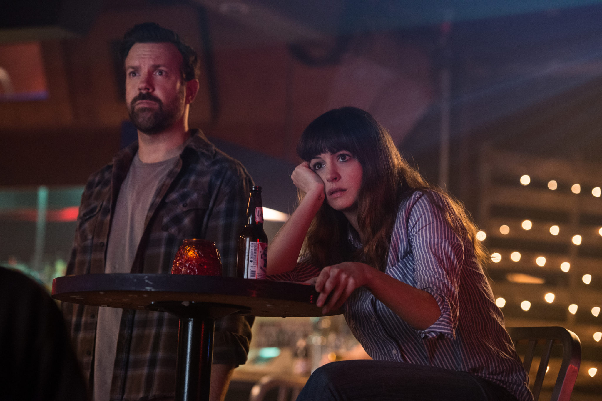 Colossal-Review-Film-2017-Cover-Image
