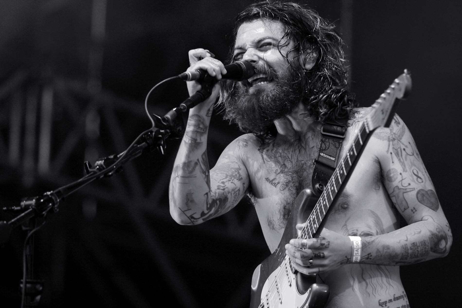 Biffy-Clyro-Profile-Cover-Image