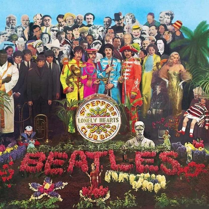 Sgt-Peppers-Lonely-Hearts-Club-Band-The-Beatles